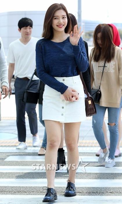 Airport Fashion Para Member Red Velvet Terbaru Terbaik