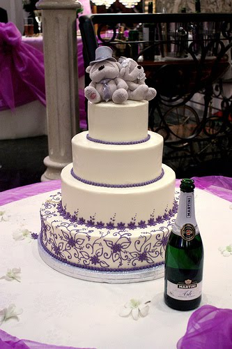 wedding cake purple theme cakechannel world of cakes 03 01 2012 04 01 2012 23580
