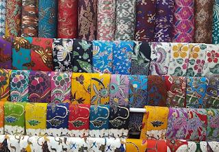 Keuntungan Menggunakan Jasa Print Kain Seragam Batik