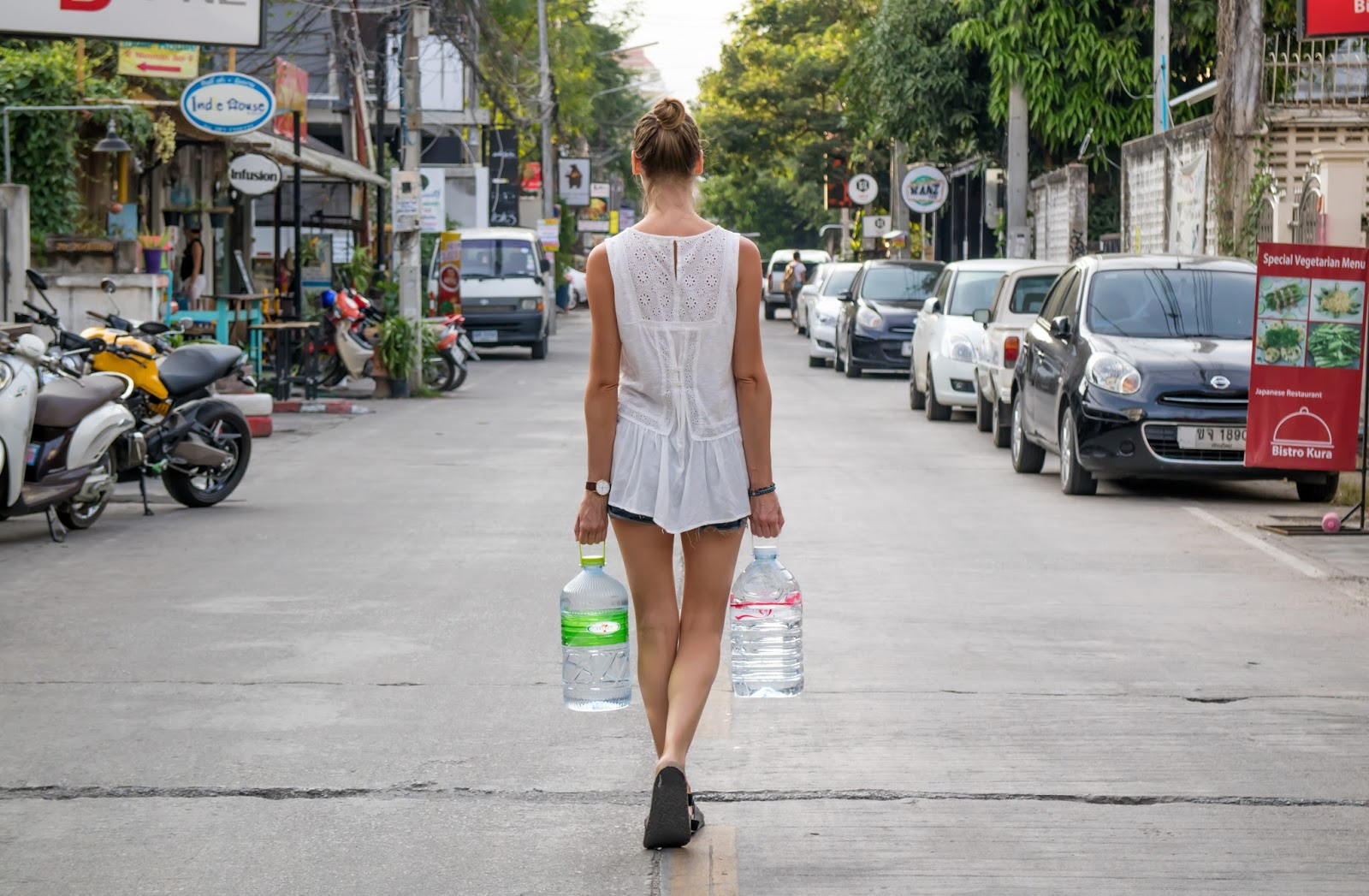 travel blogger, alison hutchinson, tells about the best way to get your water supply in Thailand