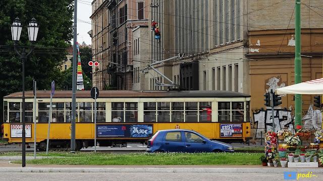 Milano, tram, cimiterio monumentale