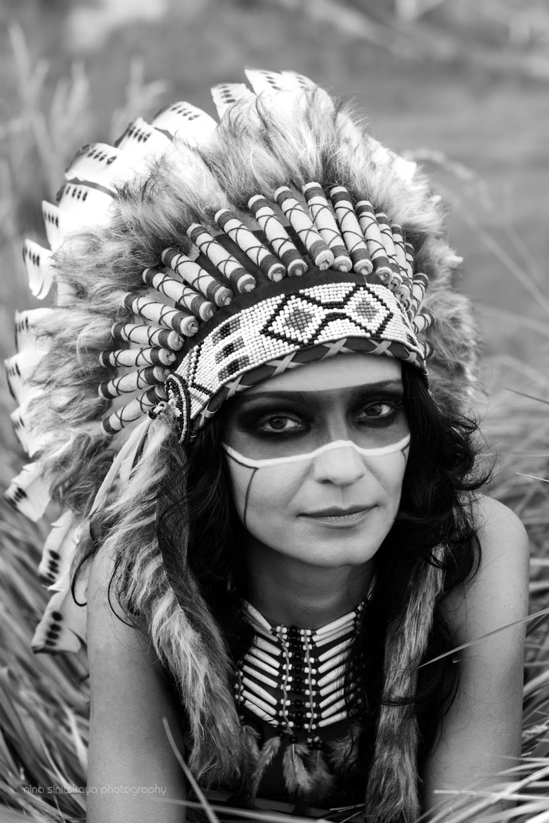 Indian girl from the tribe - black and white wild photography
