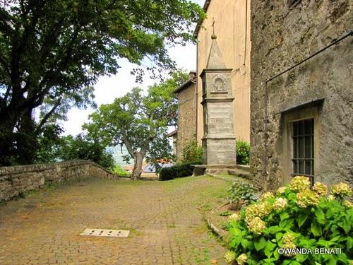 Un pittoresco vicolo di Castelluccio di Porretta