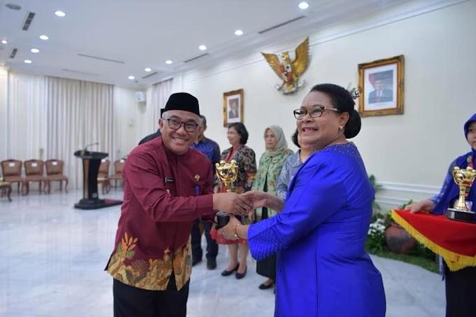 Walikota Depok Raih Penghargaan APE Tingkat Utama