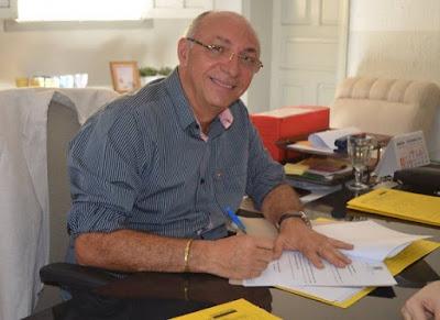 Resultado de imagem para prefeito audiberg itaporanga
