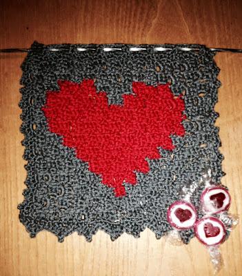 http://howling-liz.blogspot.nl/2016/01/c2c-heart.html