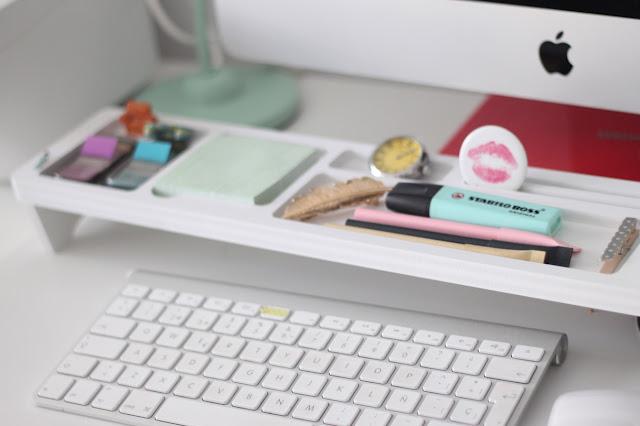 maituins-deco-despacho-escritorio-bandeja-material-teclado-orden-amazon-fluorescente-pastel