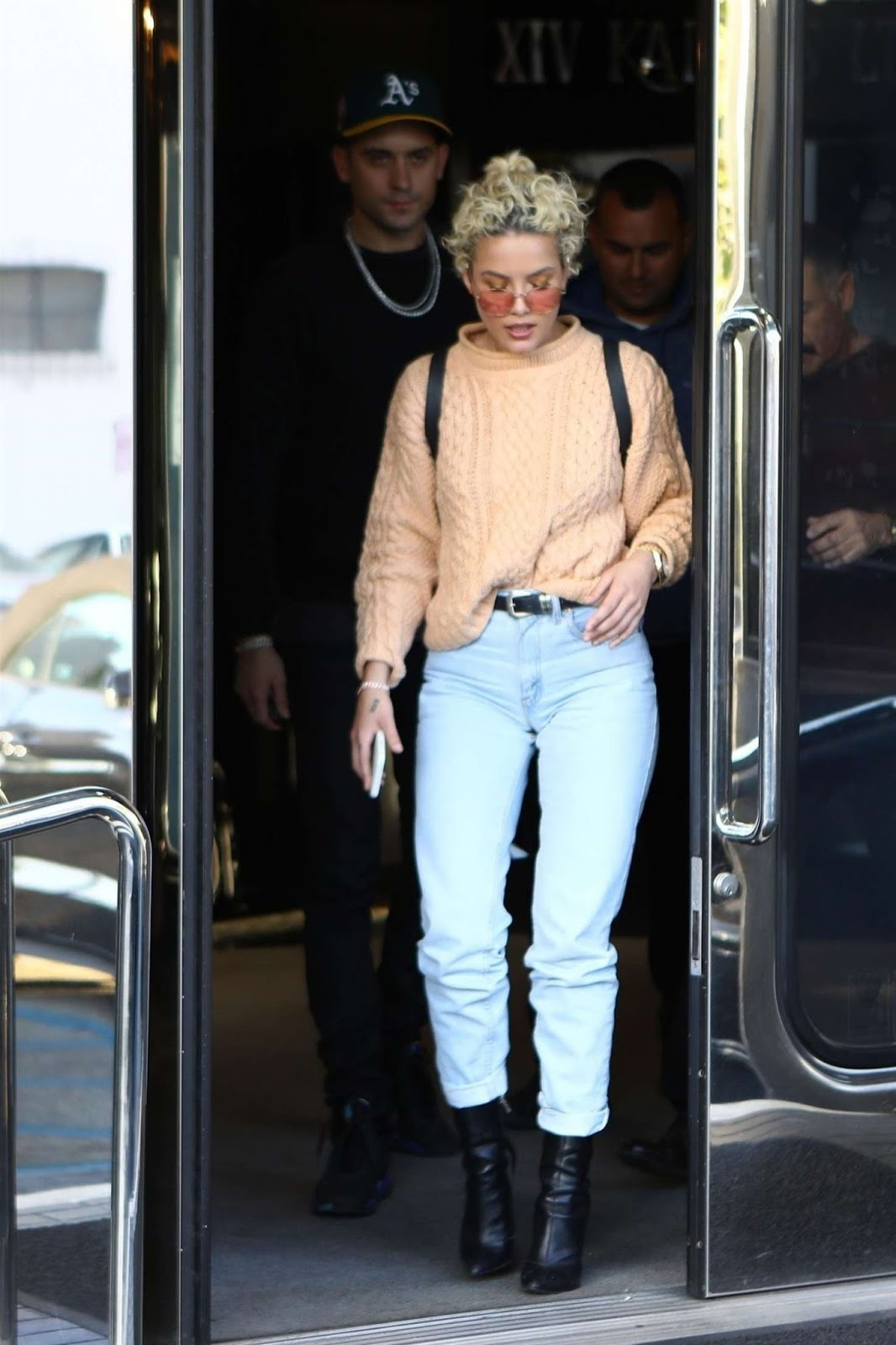 Discussion on this topic: Pixie lott style exits tv studios in london, isabela-moner-at-the-jeremy-scott-show/