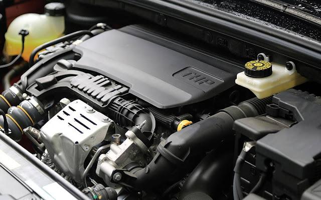 Novo Citroen C4 Lounge 2017 - motor 1.6 THP