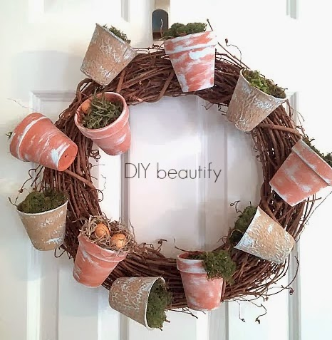 flower pot wreath with moss