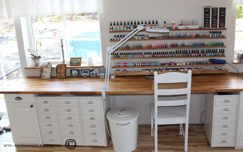 Craft Room Desk: Kottens Corner: April 2011