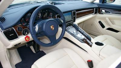 2017 Porsche Panamera interior HD image