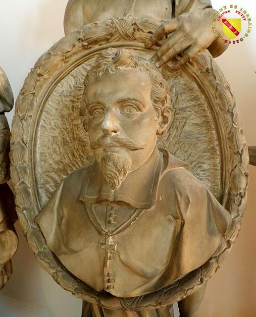 NANCY (54) - Musée lorrain : Génie tenant le portrait de Jean des Porcelets de Maillane