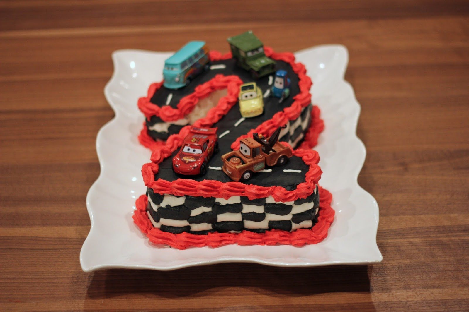 Disney Cars Birthday Cake: Disney's Cars Themed Cake
