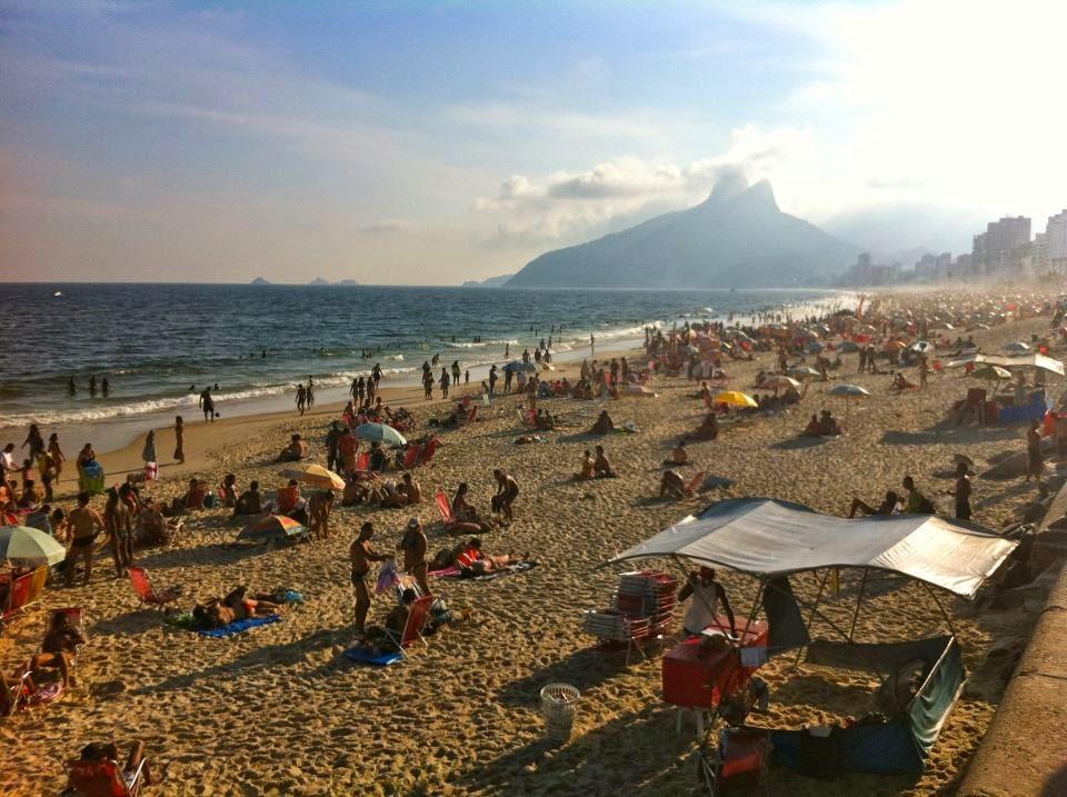 Wanderlust Chloe - Chloe Gunning - Copacabana Rio De Janeiro