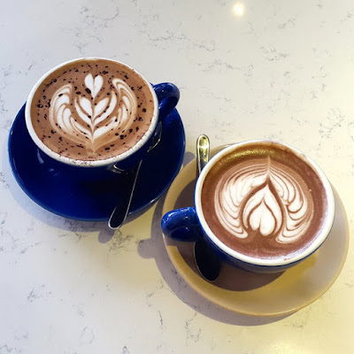 Hot chocolate and cafe mocha at Atlas Coffeehouse Singapore