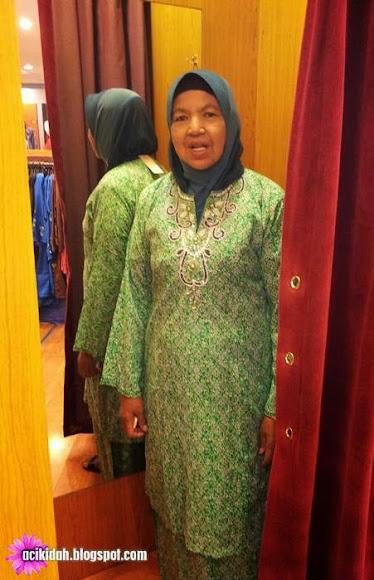 Layan Mak Shopping