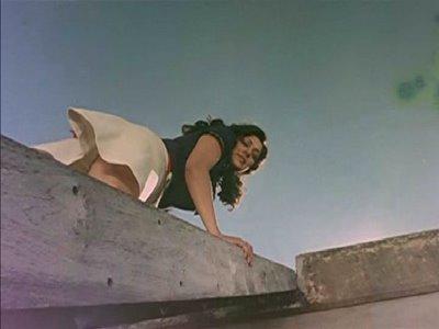 Tamil and telugu actress isha talwar thigh show photos