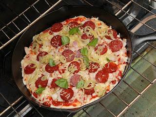 Resep Pizza Teflon Empuk Dan Anti Gagal