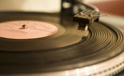 """Teknologi Music Player"""