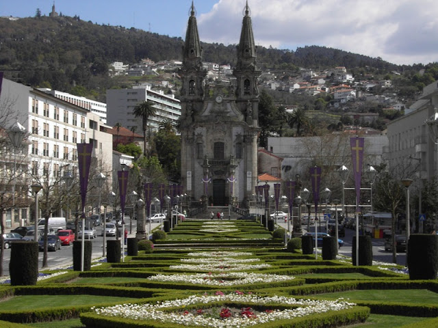 Igreja de Nossa Senhora da Consolação e Santos Passos em Guimarães