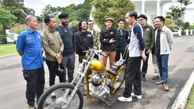 Foto Foto Viral Presiden Jokowi Saat Kendarai Motor Berita Terbaru