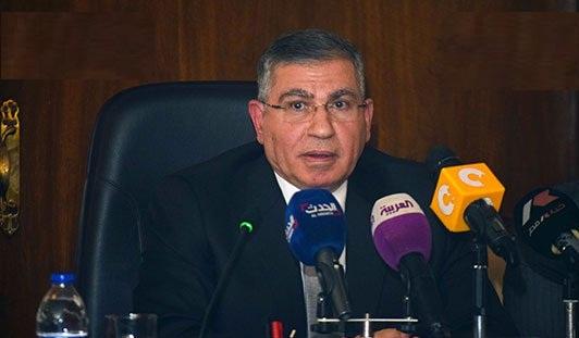 وزير التموين - يناير 2017 بطاقات تموينية جديدة للمستحقين فقط وحذف 4 مليون مواطن من منظومة الدعم