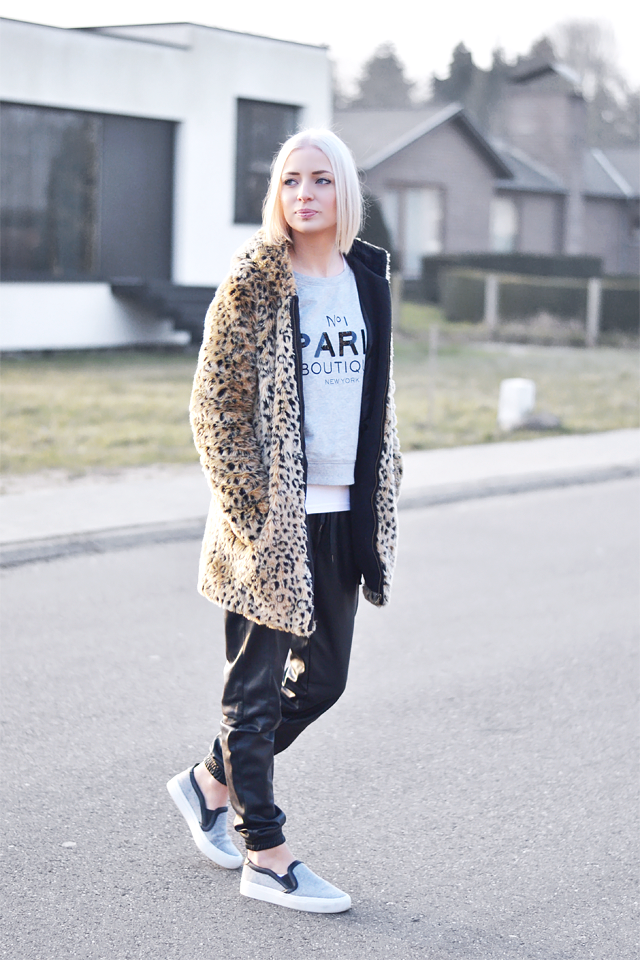 Wearing: Leopard, fur, coat, zara, paris sweatshirt, mango, vero moda, leather track pants, joggers, zara slip on, celine inspired, sneakers