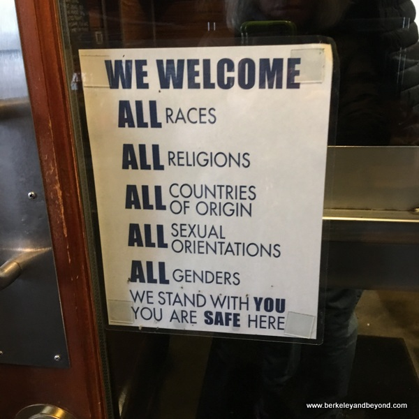 welcome sign at Pok Pok restaurant in Portland, Oregon