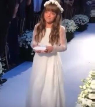 Rafaella Justus de daminha no casamento de Ticiane Pinheiro e César Tralli
