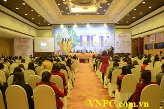 Tư vấn thuê máy chiếu cho sự kiện hơn 1000 người tham dự