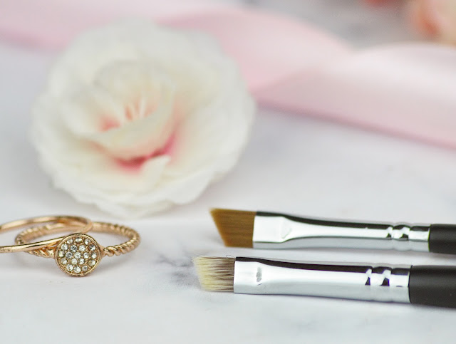 Ciara Daly Makeup Brushes, Tools and Accessories Review + 15% Off | Lovelaughslipstick Blog