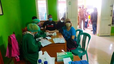 Pemdes Melayu Barat dan Puskesmas Teluknaga gelar vaksin untuk warga