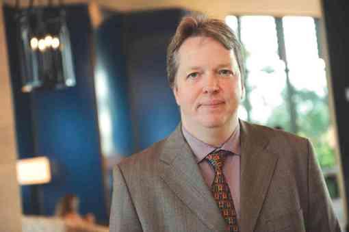 Le grand-maître d'échecs britannique Nigel Short a annoncé sa candidature à la présidence de la Fédération Internationale des échecs (Fide)