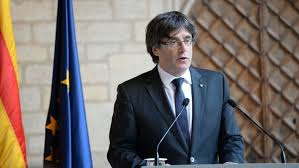 Puigdemont descarta las elecciones y deja la DUI en manos del Parlament