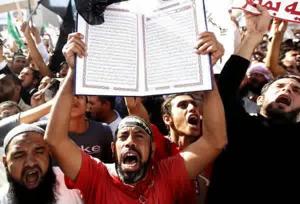 Antara Salafi, Demonstrasi, dan Qur'an