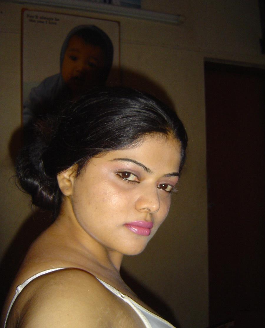Desi Nari Hot Mami  Aunty -6708