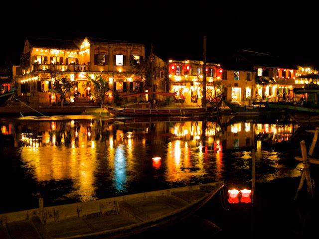 Discover the magic charm of Da Nang by night