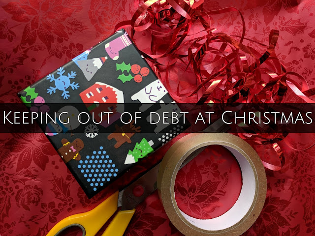Keeping out of debt at Christmas