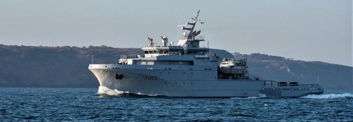 Четверте судно забезпечення ВМС Франції класу Loire заступило на активну службу
