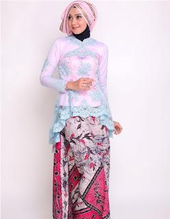 Foto Gaun Kebaya Batik