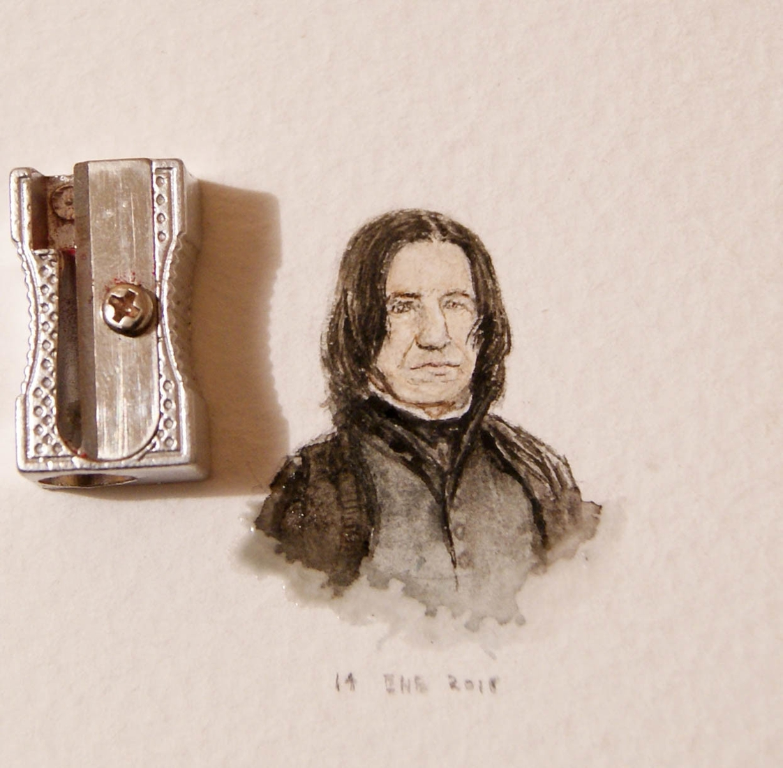01-Alan-Rickman-Severus-Snape-Harry-Potter-Guillermo-Méndez-Mr-Luigi-Miniature-Drawings-and-Watercolor-Paintings-www-designstack-co