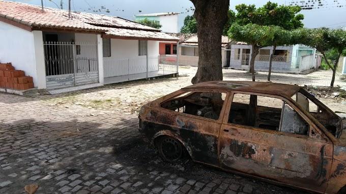 Homem agride esposa e ateia fogo em carro e casa no município de Mirangaba