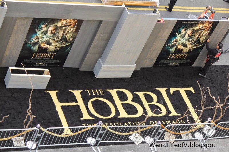 "Birdseye view of the ""black"" carpet for the The Hobbit: The Desolation of Smaug premiere"
