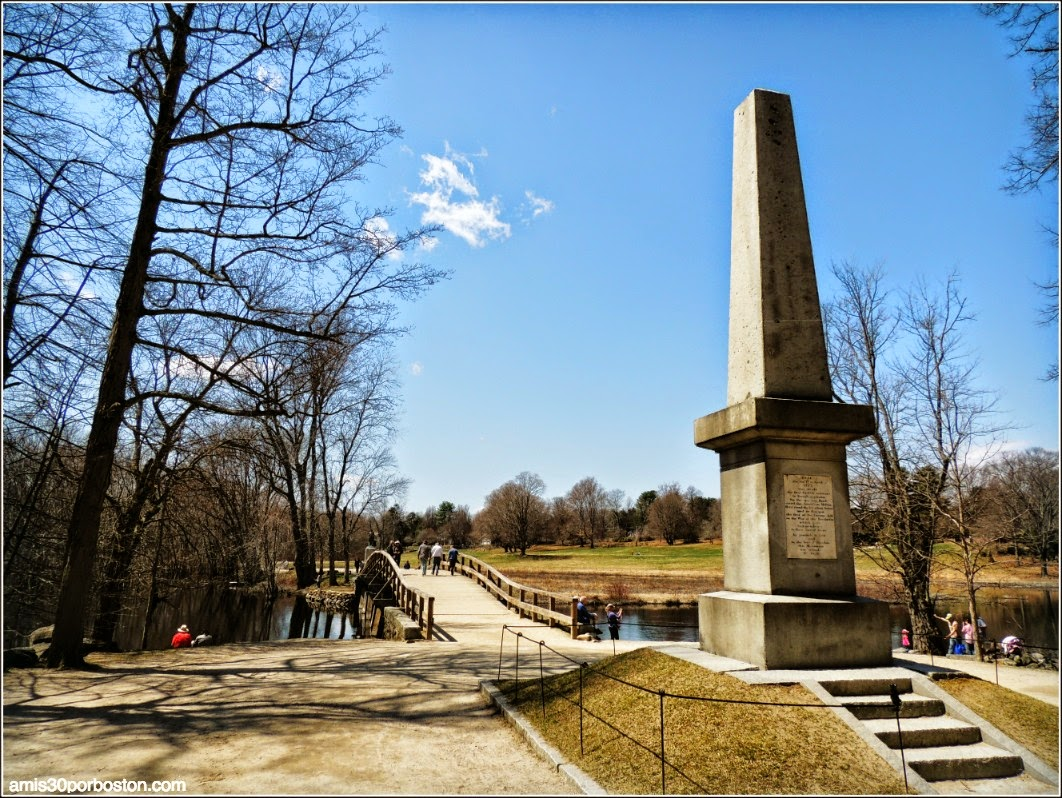Patriots´ Day en Concord: Memorial Obelisk