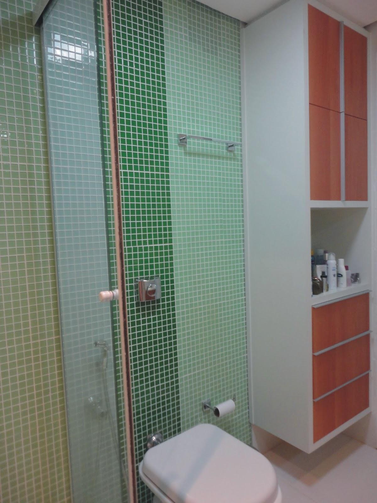 EM SP (VILA MARIANA) BANHEIROS QUARTO COM CLOSET E DESPENSA #74423A 1200x1600 Armario Banheiro Projeto
