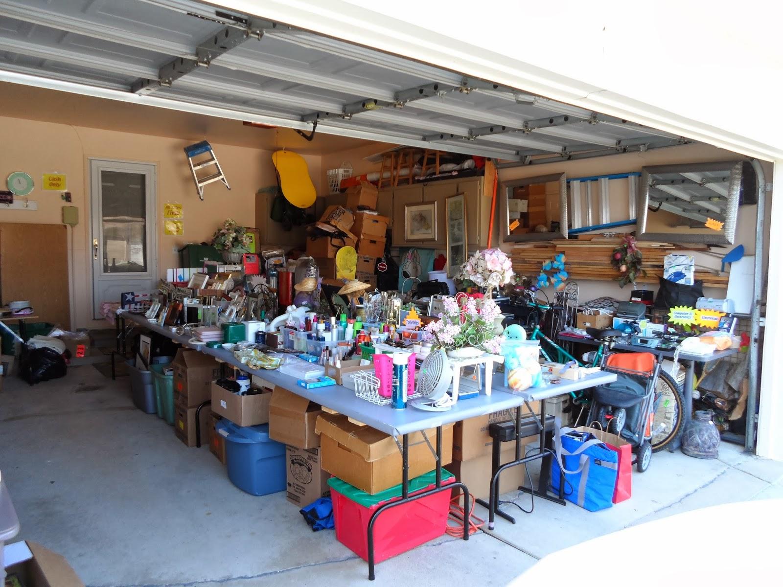 garage sale setup ideas - Garage $ale GrOOve Tips For Garage Sale Set Up Garage