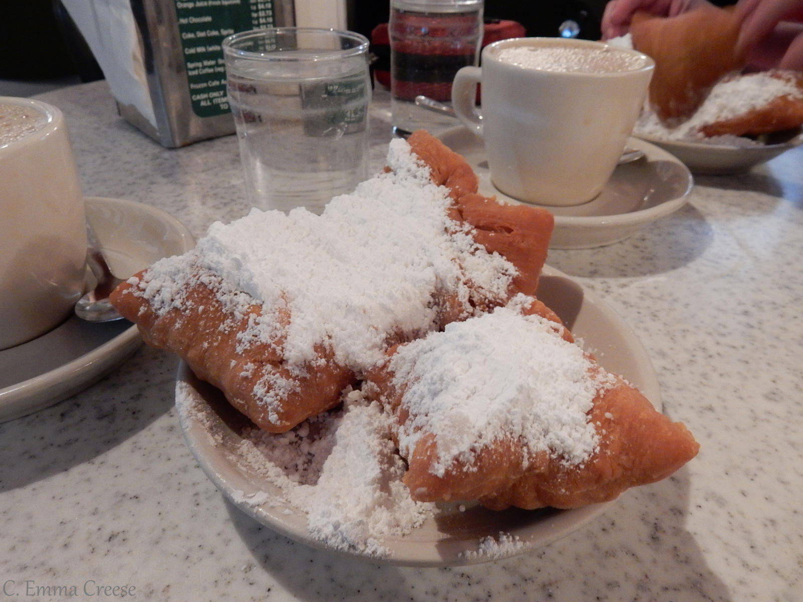 Cafe du monde Best things to see in New Orleans Louisiana Adventures of a London Kiwi
