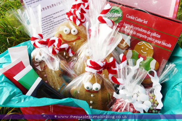 Gingerbread Making Kit [Homemade Gift] | The Purple Pumpkin Blog