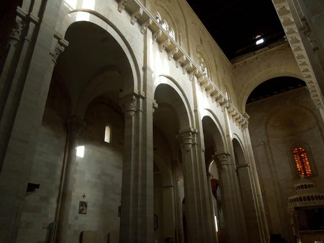 Interno Cattedrale Ruvo di Puglia